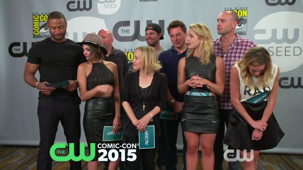 Arrow Comic-Con 2015 Q&A Part 2 The CW (HD).mp4_20150831_204407.765