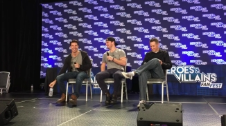 Heroes & Villains FanFest 2015 (Super Cousins Panel) [HD, 720p].mp4_000021488