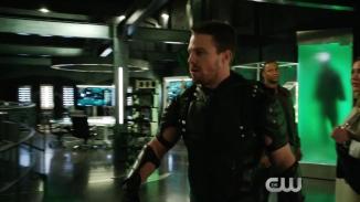 Arrow Revenge Trailer The CW.mp4_20151224_224029.237