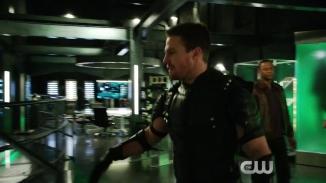 Arrow Revenge Trailer The CW.mp4_20151224_224029.449