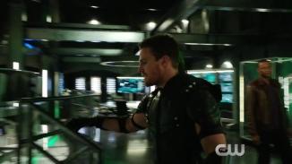 Arrow Revenge Trailer The CW.mp4_20151224_224029.654