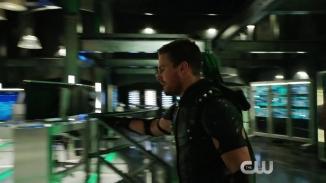 Arrow Revenge Trailer The CW.mp4_20151224_224029.864